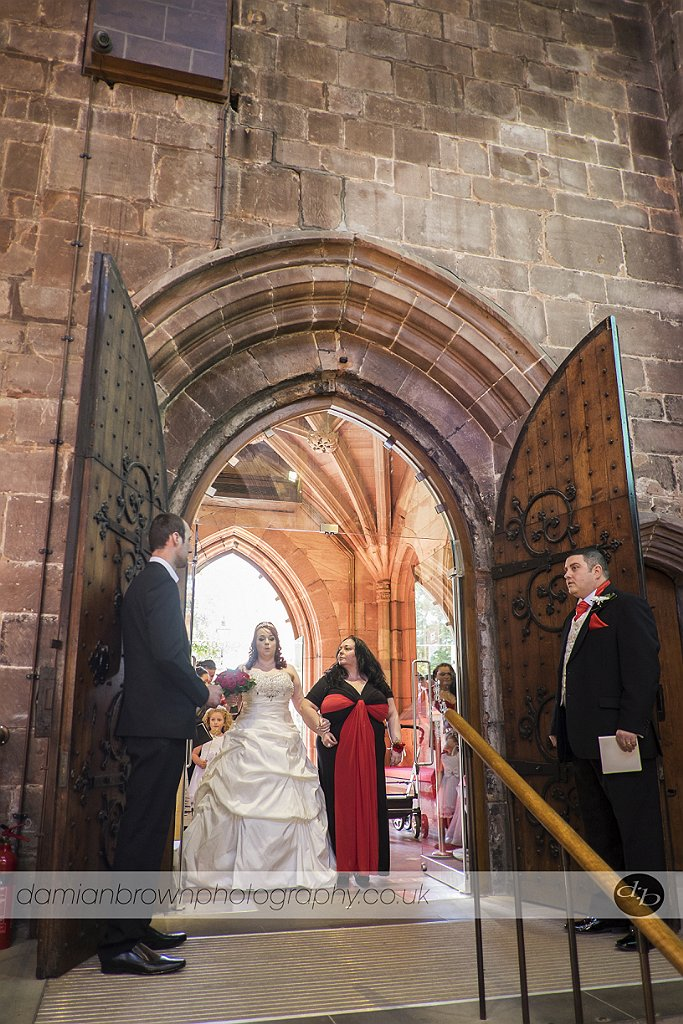 birmingham wedding photographer nantwich wedding photography the bride and her mother enter the church